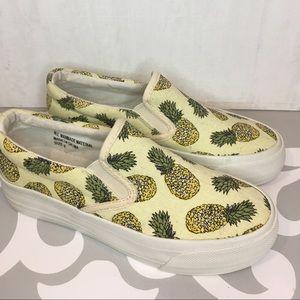 Pineapple Slip On Sneaker Size 6